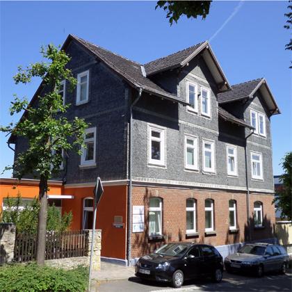 Stammsitz von Hofmann & Sommer - eine Haus im Stil des Thüringer Schiefergebirges.